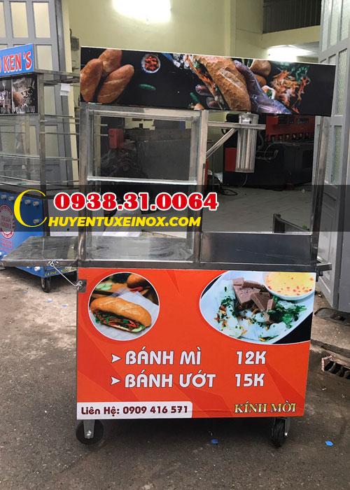 Xe bánh mì chả cá Hồ Chí Minh